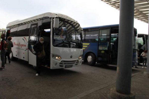 Гоце Делчев и Банско остават без автобуси за София утре
