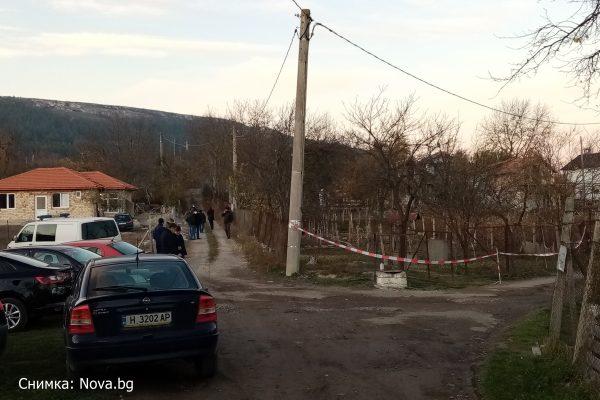 Извънредно! Два трупа открити в къща край Шумен