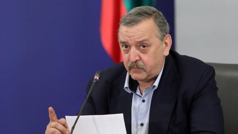 Проф. Тодор Кантарджиев: Има 20-25% спад на заразените в София