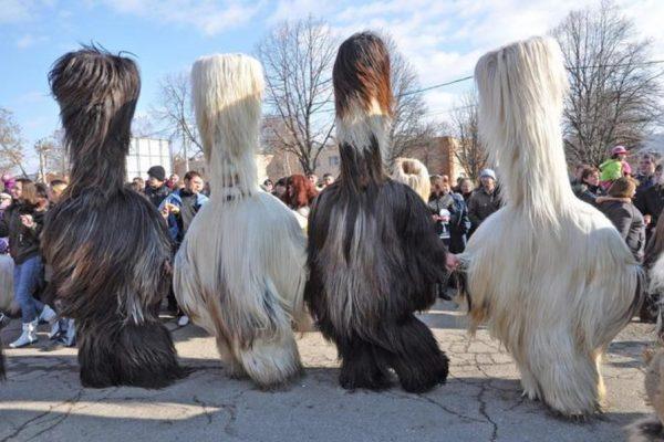 Кметът на Благоевград отмени кукерския фестивал