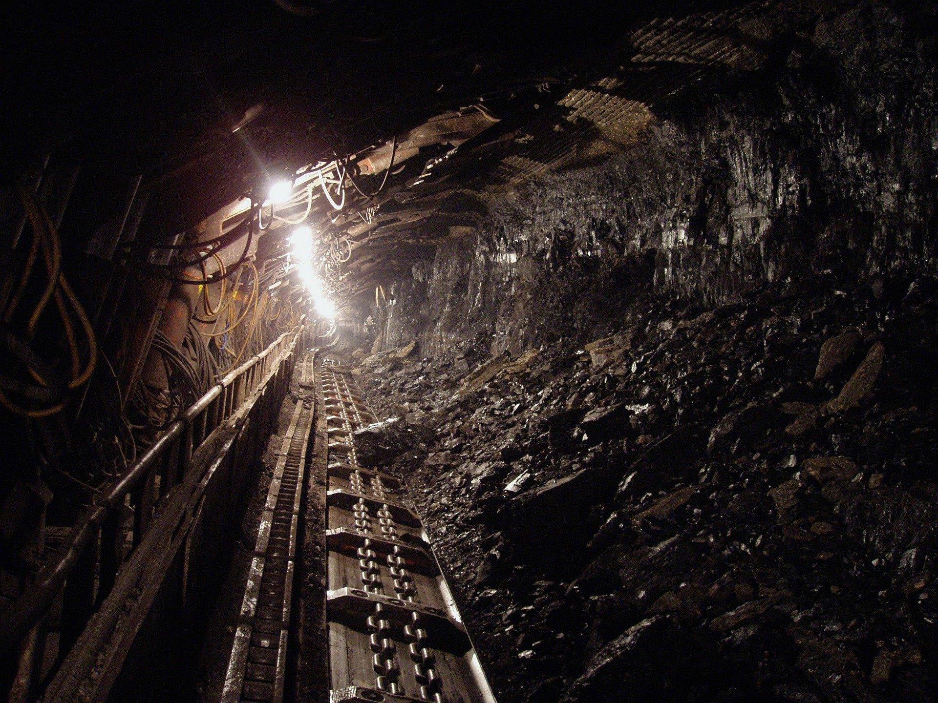 18 души загинаха в мина