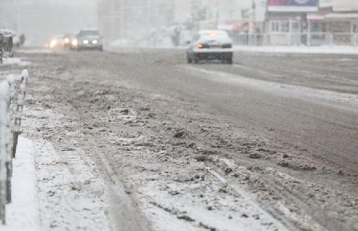 Времето се влоши! На много места в страната заваля сняг